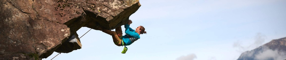 Klettersteig- und Kletterausrüstung