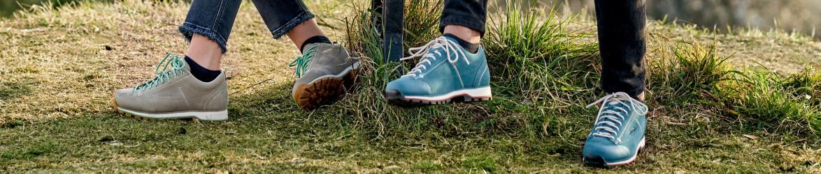 Freizeitschuhe & Sneaker