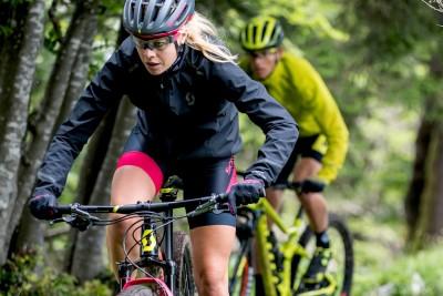 Mehr Spaß beim Biken mit richtiger Bike-Bekleidung